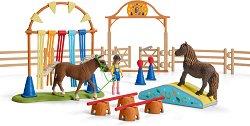 """Тренировка за понита - Комплекти фигури и аксесоари от серията """"Животните от фермата"""" - фигури"""