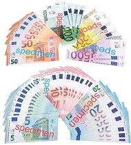 Евро банкноти - топка