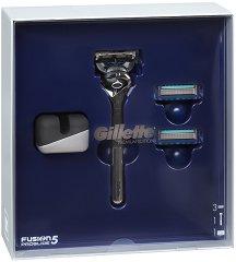 Подаръчен комплект за мъже - Gillette Fusion 5 ProGlide - Луксозна самобръсначка, резервни ножчета и поставка -