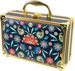 Markwins International Boho Chic - Комплект с гримове в кожен куфар - очна линия
