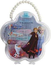 """Детски комплект аксесоари за коса в кутия - Frozen 2 - От серията """"Замръзналото кралство"""" - душ гел"""