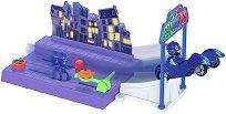"""Писта - Нощна мисия - Детска играчка със светлинни ефекти от серията """"PJ Masks"""" - играчка"""