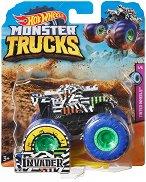 """Бъги - Invader - Комплект за игра от серията """"Hot Wheels: Monster Trucks"""" -"""
