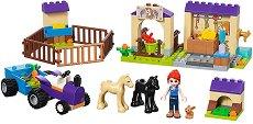 """Конюшнята на Миа - Детски конструктор от серията """"LEGO: Friends"""" - играчка"""