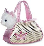 Котенце в чантичка -