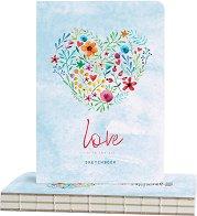 """Скицник за рисуване - Сърце от цветя - С размери 14.5 x 21 cm от серията """"Love is in the air"""""""