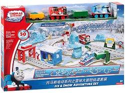 Влакчето Томас и приятели - Снежни приключения - Комплект с писта за игра -
