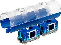 """Мотриса и тунел - Дървена комплект от серията """"Brio: Влакчета"""" - играчка"""