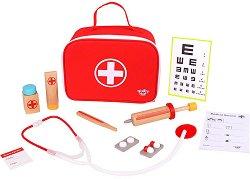 Малкият доктор - Детски дървен комплект за игра с аксесоари -