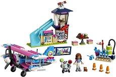 """Полет над Хартлейк - Детски конструктор от серията """"LEGO Friends"""" - играчка"""