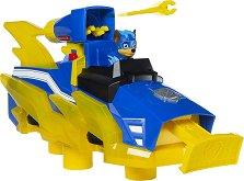 """Трансформиращият се автомобил на Чейс - Детски комплект за игра със светлинни и звукови ефекти от серията """"Пес патрул"""" - играчка"""