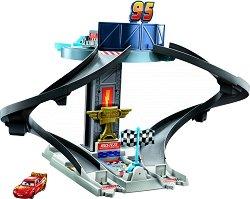 """Писта - Състезателна кула - Детски комплект за игра от серията """"Колите"""" -"""