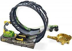 """Писта с изстрелвачка - Monster Trucks - Комплект за игра с аксесоари и 2 метални колички : От серията """"Hot Wheels"""" -"""