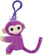 """Маймунката Ниа - Аксесоар от серията """"Fingerlings"""" -"""