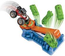 Писта с изстрелвачка - Чудовищен камион -