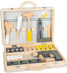 Куфарче с дървени инструменти -