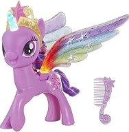 Сумрачна Искрица с магически криле - играчка