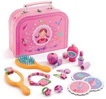 Комплект за суетни млади дами - В куфарче - играчка