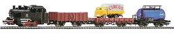 Влак с парен локомотив, три вагона и камион -