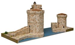 La Rochelle harbour Towers - Сглобяем модел от тухлички - макет
