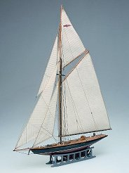 Ветроходна яхта - Britannia - Сглобяем модел от дърво -
