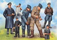 Войници и пилоти от немската войска - Комплект от седем сглобяеми фигури - макет