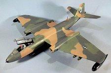 Изтребител - Martin B-57B Canberra - Сглобяем авиомодел -