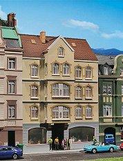 Многоетажна сграда със заведение - Сглобяем модел -