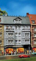 Многоетажна сграда с пицария Alfredo - Сглобяем модел -