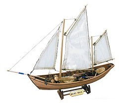 Ветроходна лодка - Saint Malo - Сглобяем модел от дърво - макет
