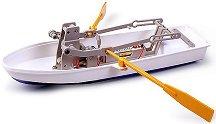 Лодка с гребла -